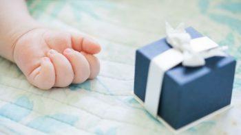 10 Geburtsgeschenke, die garantiert in Erinnerung bleiben